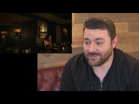 Country singer Chris Young\'s place behind board
