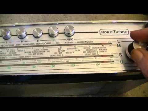 Take Nordmende Golden 20 All Step transistor radio in operation - eflose #338