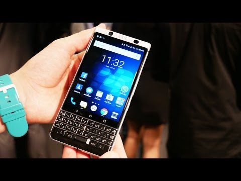 Первый обзор кнопочного смартфона BlackBerry KEYone