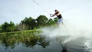 На водных лыжах за самолетом