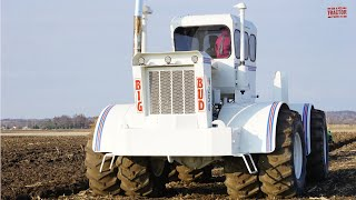 BIG BUD HN-250 Tractor Plowing