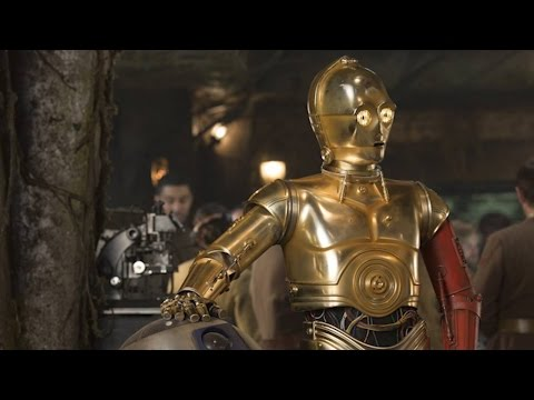 C-3PO actor on changes to suit for 'Star Wars: The Force Awakens'