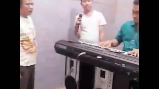 Video Mangalangkup - Romora Trio Check Sound [Lagu Batak Populer] download MP3, 3GP, MP4, WEBM, AVI, FLV Juli 2018