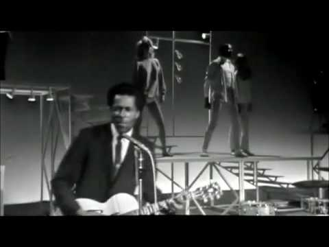 CHUCK BERRY - LIVE 1964 -