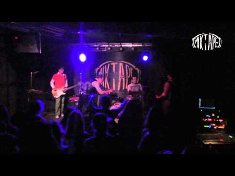 P.I.F. - Vali ( Live @ club *MIXTAPE 5*, Sofia 09 05 2012 )