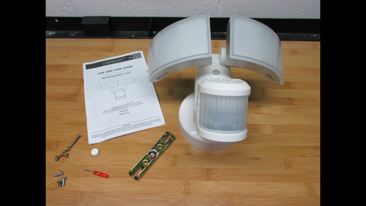 defiant 180 degree white outdoor led motion security light dfi 5983 wh review [ 1280 x 720 Pixel ]
