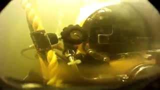 Подводная сварка(Вступайте в сообщество сварщиков в ВКонтакте- http://vk.com/svarochnye_apparaty_invertory www.tiberis.ru На видео представлена сварка..., 2014-01-14T13:26:50.000Z)