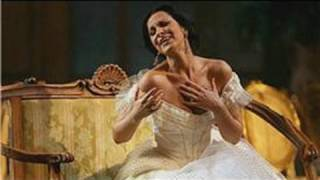Singing Lessons : How to Become an Opera Singer
