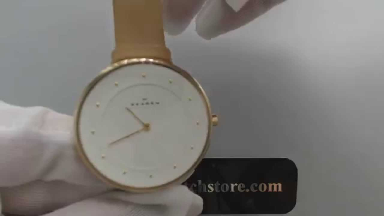 how to keep white leather watch clean