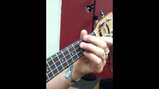 Go Long Mule chords and finger pickin melody with Del Rey on Ukulele