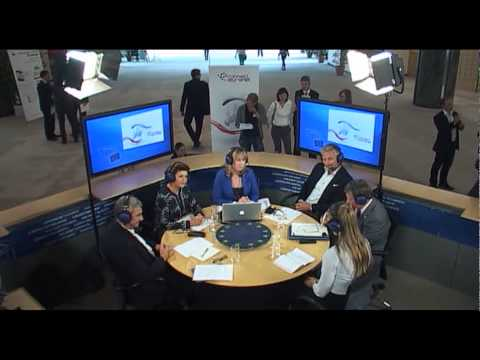 "Connect.Euranet debate on ""Erasmus+: What´s Plus in Europe's education and training?"""