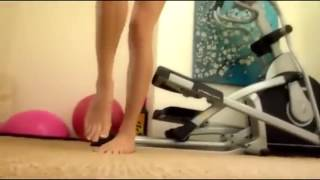 Muscle Giantess: Giantess Workout