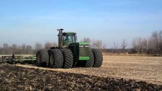 John Deere 8850 chisel plowing