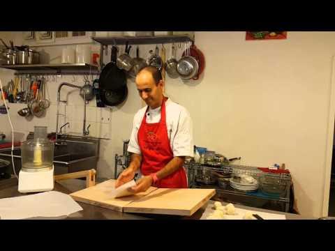 אם אין לחם תאכלו טורטיות. ככה אני מכין חומוס.