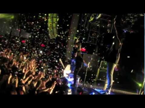 Pierce The Veil- King For A Day Live Featuring Kellin Quinn- Collide With The Sky Tour