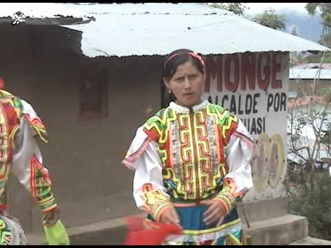 QORY CHICCHI:Año 2015 (Pascua SALCAHUASI Tayacaja HVCA) Yasmin Tello Colqui, Nilda Colqui