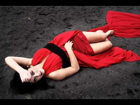 Клип Blue Café - girl in red
