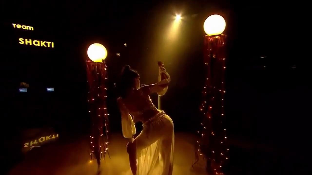 Download Dilbar dilbar      Virtika jha ameezing dance in dance +4