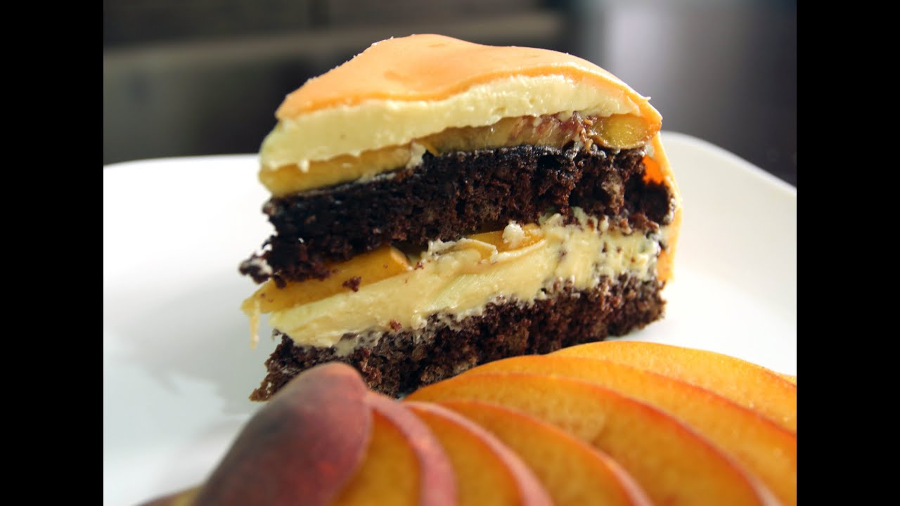 шоколадний торт с персиками рецепт с фото