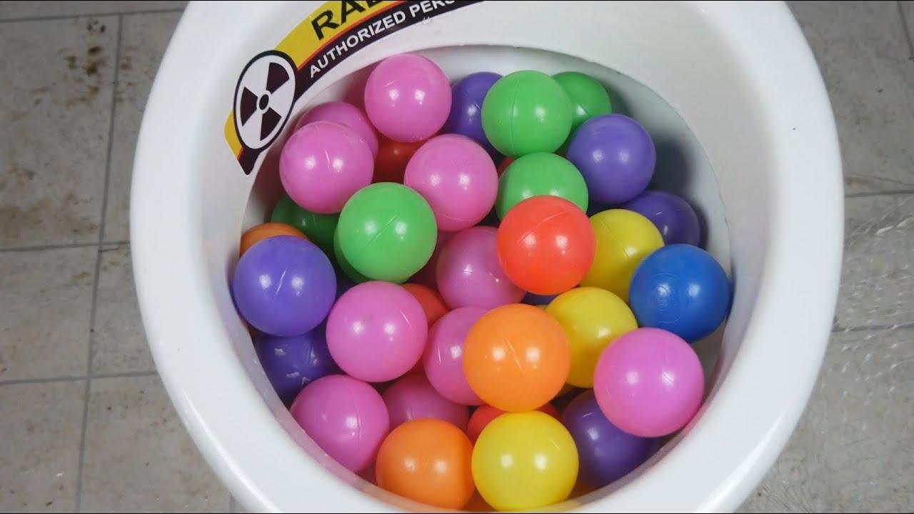 Will it Flush? Mini Balls, Plastic Balls vs Toilet