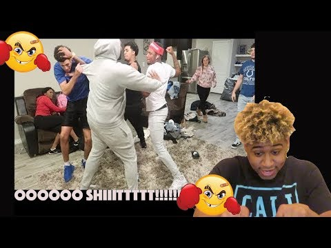 EM & VON BREAKUP IN FRONT OF COMPANY PRANK( REACTION)🤔