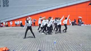"Video [Flashmob 170812] SEVENTEEN (세븐틴) ""— Don't Wanna Cry (을고 십지 않아 ) in ""Diamond Edge"" in Hong Kong download MP3, 3GP, MP4, WEBM, AVI, FLV Desember 2017"