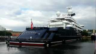 Paul Allen's Superyacht Octopus Docking in London