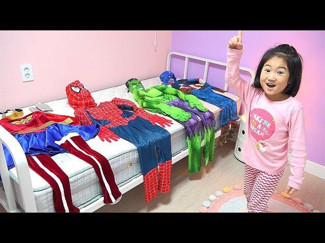 슈퍼보람 도와주세요!! 어벤져스 헐크 스파이더맨 변신놀이 구출놀이  Boram pretend play Rescue Mission, video for kids with toys