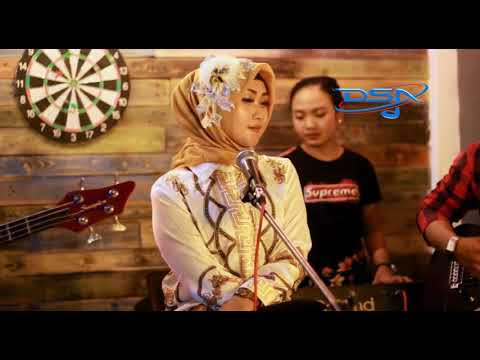 Download Lagu dian maya bojoku santri mp3