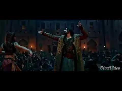 Ranveer Singh in desi dhol