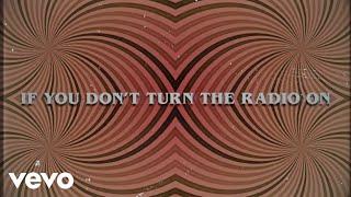 Play Turn The Radio On