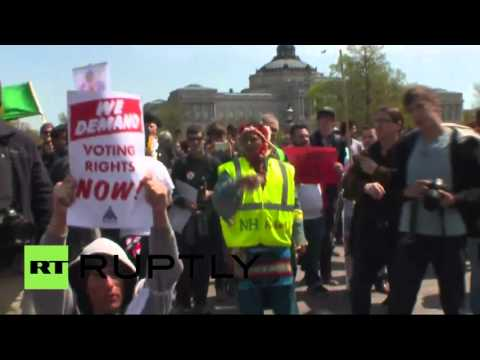'Democracy Spring' activists stage sit-in at US Capitol