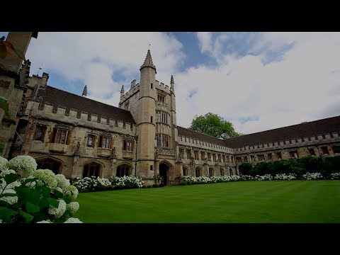 Tour Magdalen College -- A Setting In BECOMING MRS. LEWIS
