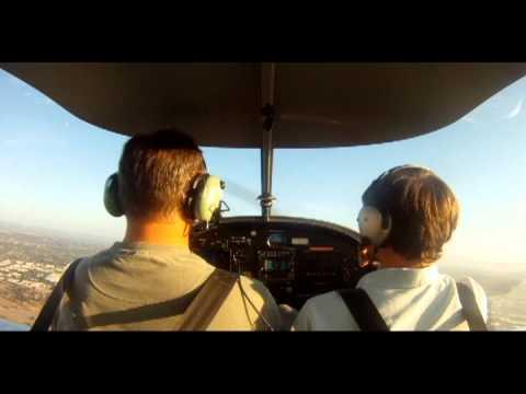Emergency Landing Training - Simulated Engine Failure - Evektor Sportstar - John Wayne Airport