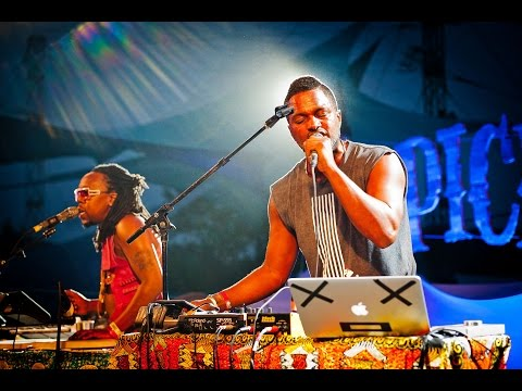 Mountain Stage (S03E01) Shabazz Palaces - Free Press And Curl @Pickathon 2015