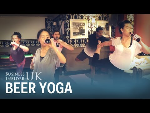 People in London are doing yoga while drinking ice cold beer – this is how it works