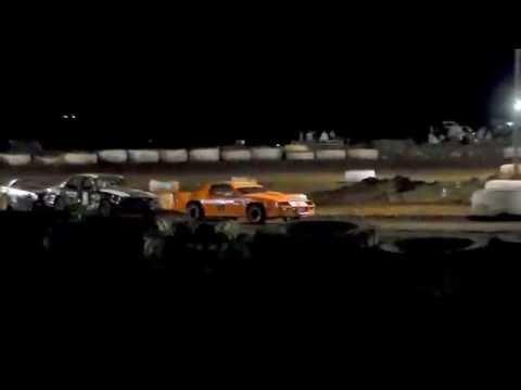 Gary Pescador #01 11/5/16 MAIN EVENT Paradise Speedway Maui