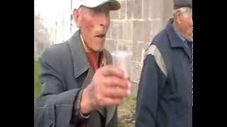 Фильм У могилы дедушки