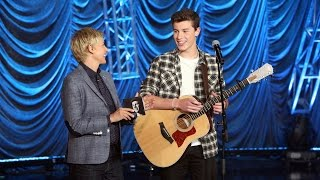 Shawn Mendes Performs