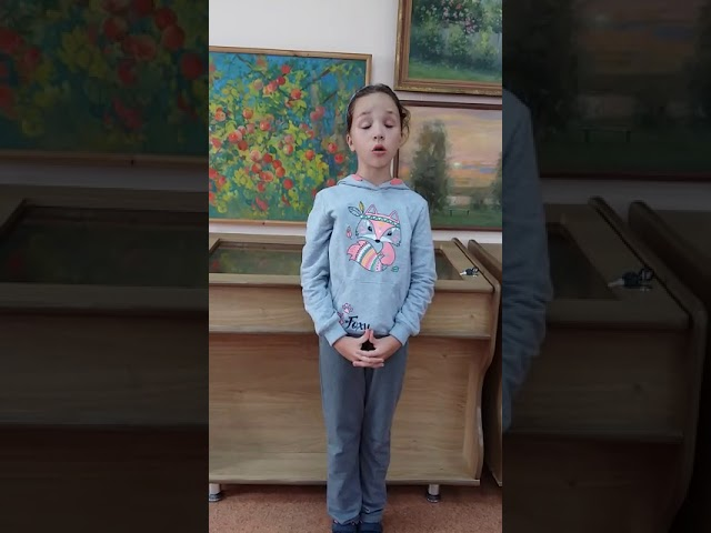 Изображение предпросмотра прочтения – ЮлияХанюкова читает произведение «Ялта» О.А.Манешиной
