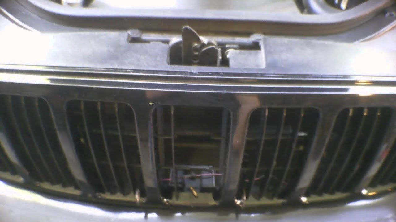 Jeep Repainting & Bedliner Front Bumper