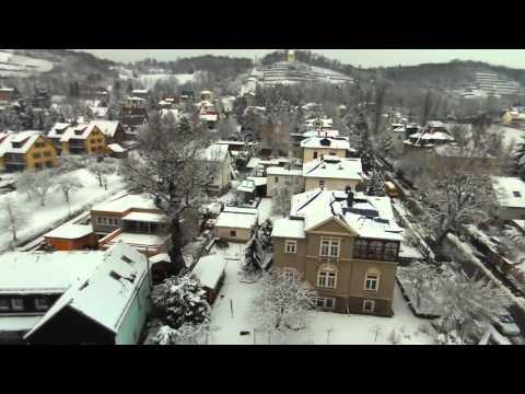 Das verschneite Radebeul & Elbtal aus bis zu 100m Höhe