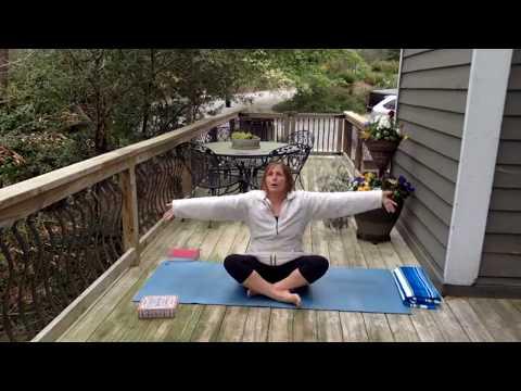 Vinyasa Yoga with Cindy - 45 Minutes