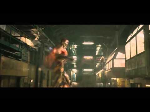 映画『アベンジャーズ/エイジ・オブ・ウルトロン』クリップ映像1