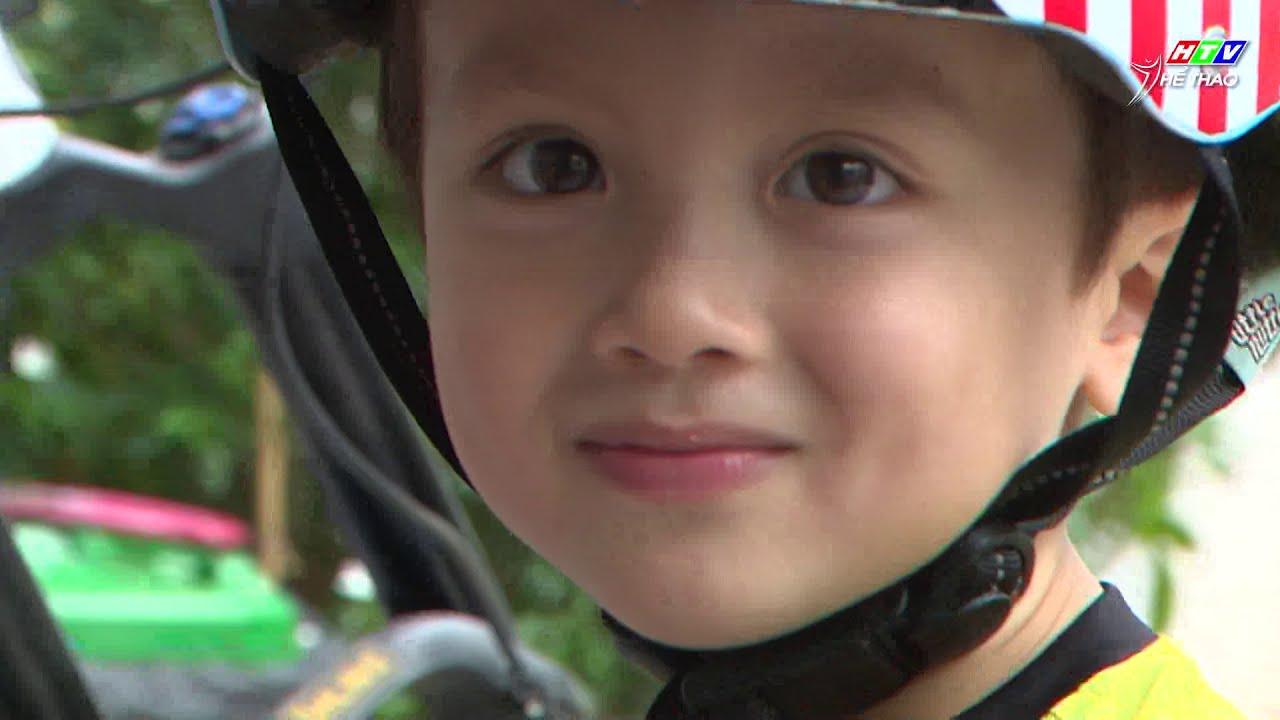 Ông bố Pháp Florent Poilane và cặp sinh đôi 3 tuổi lái xe đua siêu xịn | THỂ THAO LÀ CUỘC SỐNG