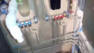 видео Разводка труб водоснабжения: в санузле, квартире, доме, хрущевке