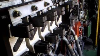 Электровоз ЧС2.  Устройство машинного отделения.(Общее устройство машинного отделения электровоза ЧС2., 2015-10-26T19:32:59.000Z)