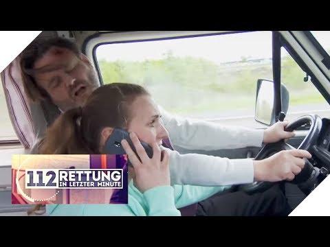 Autobahn-Horror: Fahrer wird am Steuer bewusstlos | 1/2 | 112 - Rettung in letzter Minute | SAT.1 TV