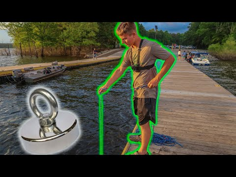 I Took My 1500lbs Magnet To A Loaded Boat Ramp And You Won't Believe What We Found