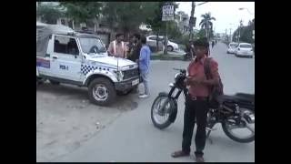 Karnal Police Checking Sector 13 Me Shuru Aawaragardi Pehle Se Kam  Lekin Asli Aawaragard Police Ko